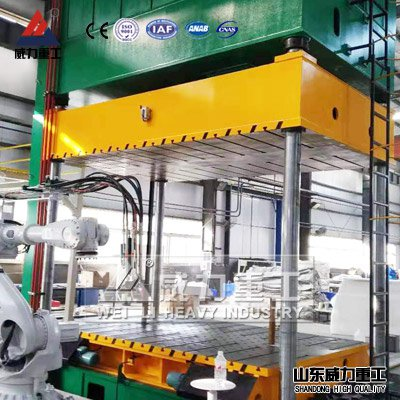 500吨汽车内饰件模压成型液压机